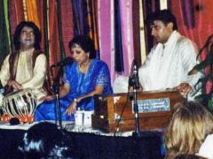 Vasundhara and Ustad Tari Khan